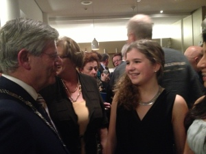 Burgemeester Apetroot bedankt Tyra